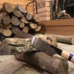 【薪ストーブ】炉内に入るか微妙な大きさの薪が入らなかった時の絶望と対応方法