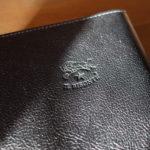 イルビゾンテ IL BISONTE レザー ブックカバー411854には「ほぼ日手帳」がぴったり入る
