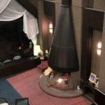 穂高ビューホテルの暖炉が荘厳