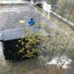 雨の日洗車と薪割を決行する
